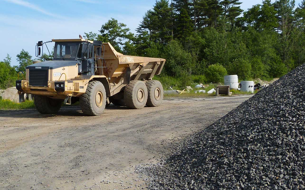 Pease Pit Thomaston Maine. Gravel, Sand, Rip-Rap, Loam, Rock, General fill materials delivered in Rockland Maine